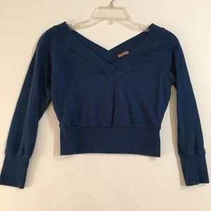 Cropped sweater top 3/4 length sleeves